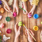 Mazurki, babki, jajka i kolorowe pisanki to synonim nadchodzących dni - Wielkanoc w nowoczesnym stylu, czyli jak przygotować nieco lżejsze święta bez wychodzenia z domu